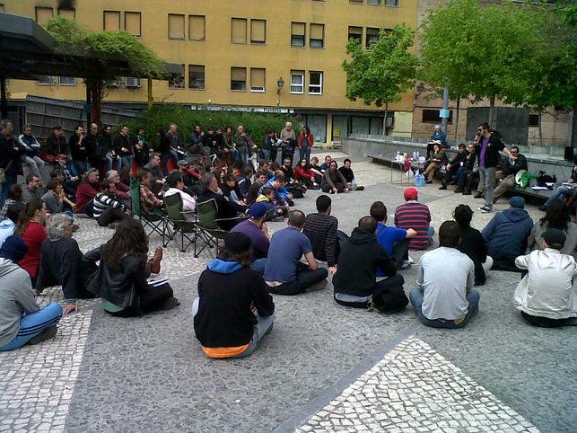 Asamblea-popular-Barrrio-Lavapies-FOTOPIES_EDIIMA20130624_0226_5