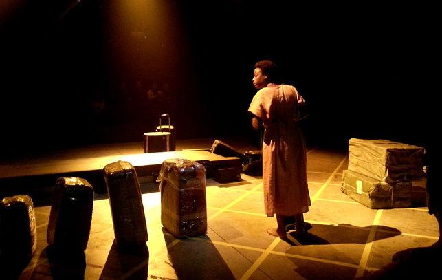 Teatro-CIEs-Astrid_EDIIMA20121015_0337_5