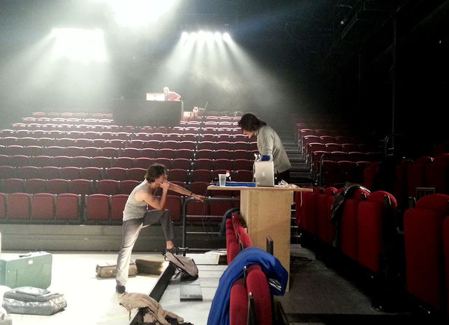 Teatro-CIEs-Ensayo_EDIIMA20121015_0336_5